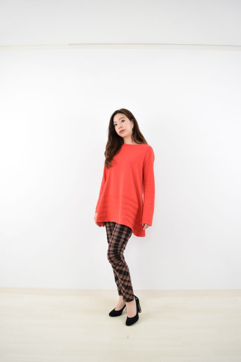653905 RED