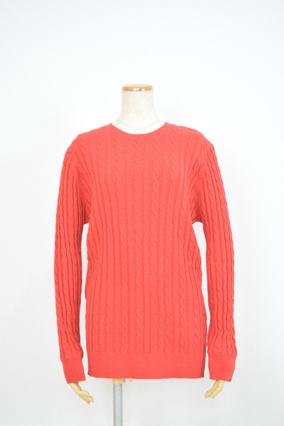 653907_RED